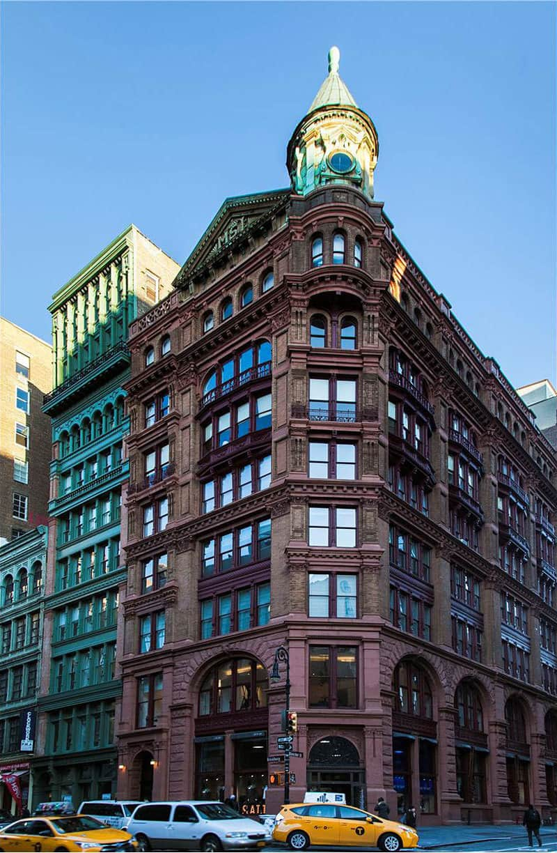 Sumptuous Corner Loft In New York City S Historical Msi