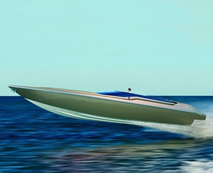The Powerful Intermarine 48 Offshore Speed Boat