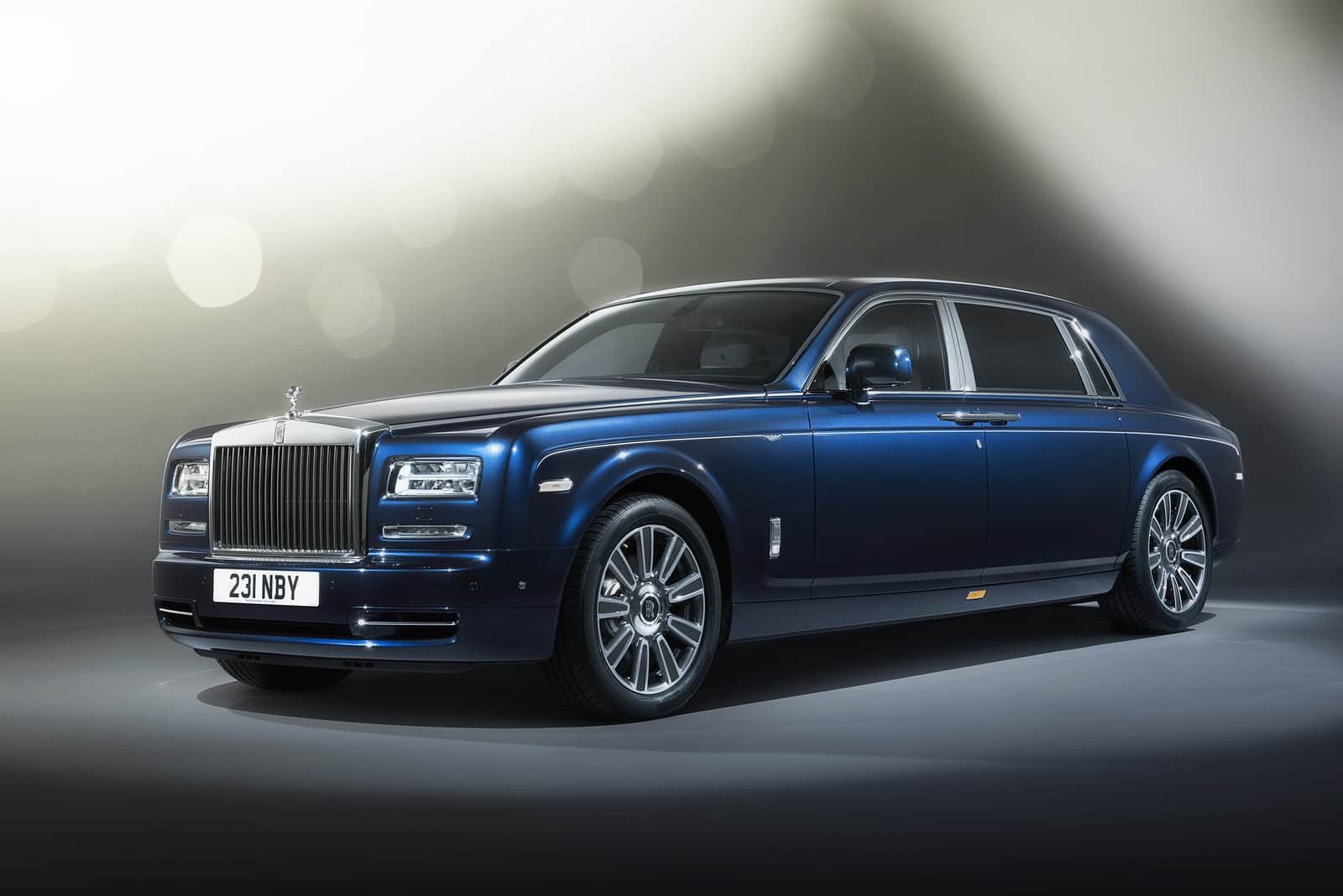 rolls royce dawn dark blue. Rolls-Royce-Phantom-Limelight-Collection-1.jpg Rolls Royce Dawn Dark Blue N
