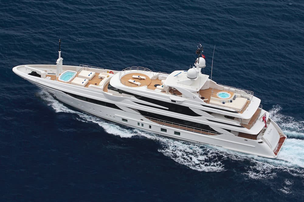 The benetti vica superyacht is 50 meters of pure bliss for Prezzo yacht 50 metri