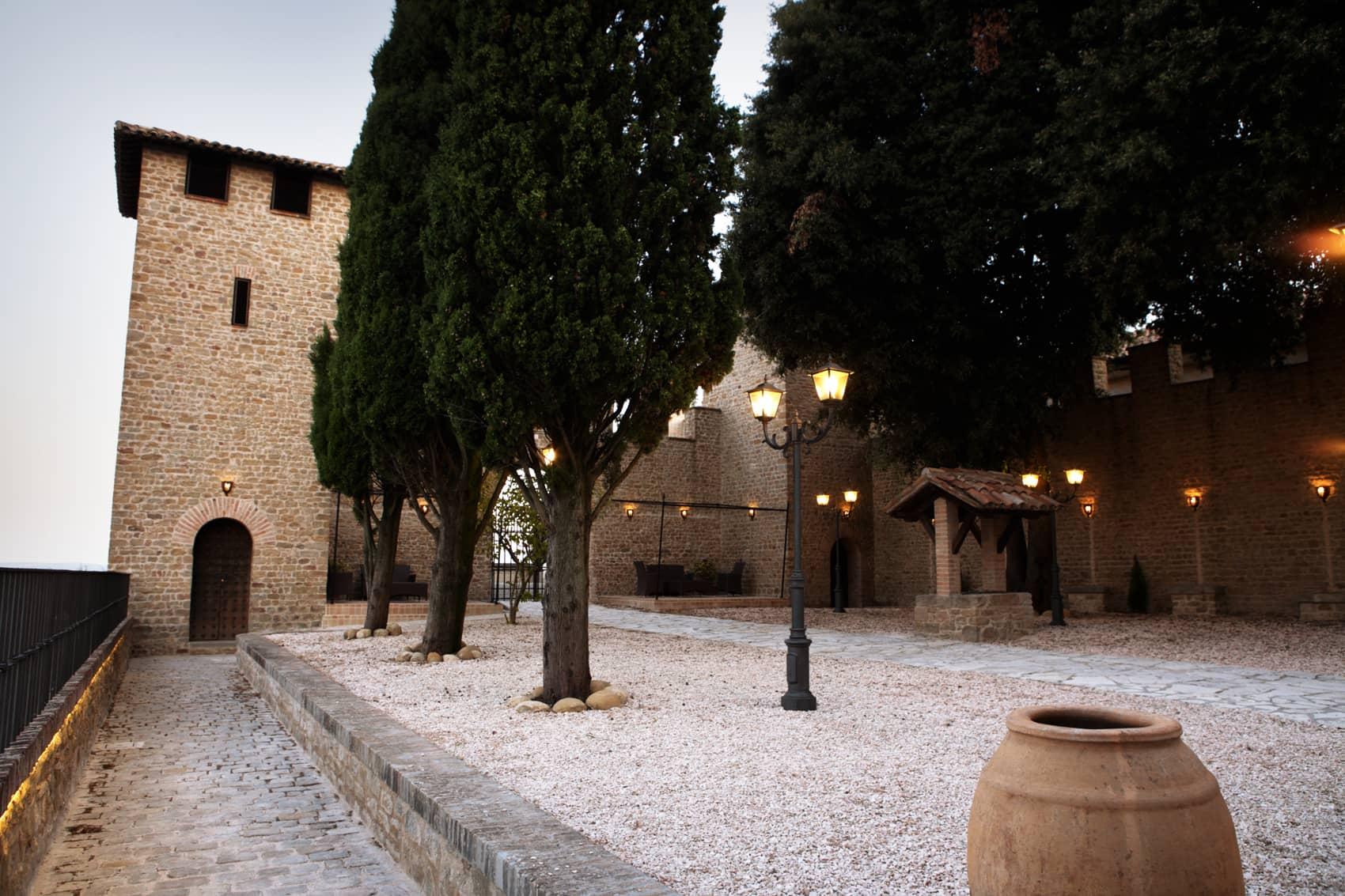 Castle-Tavoleto-13