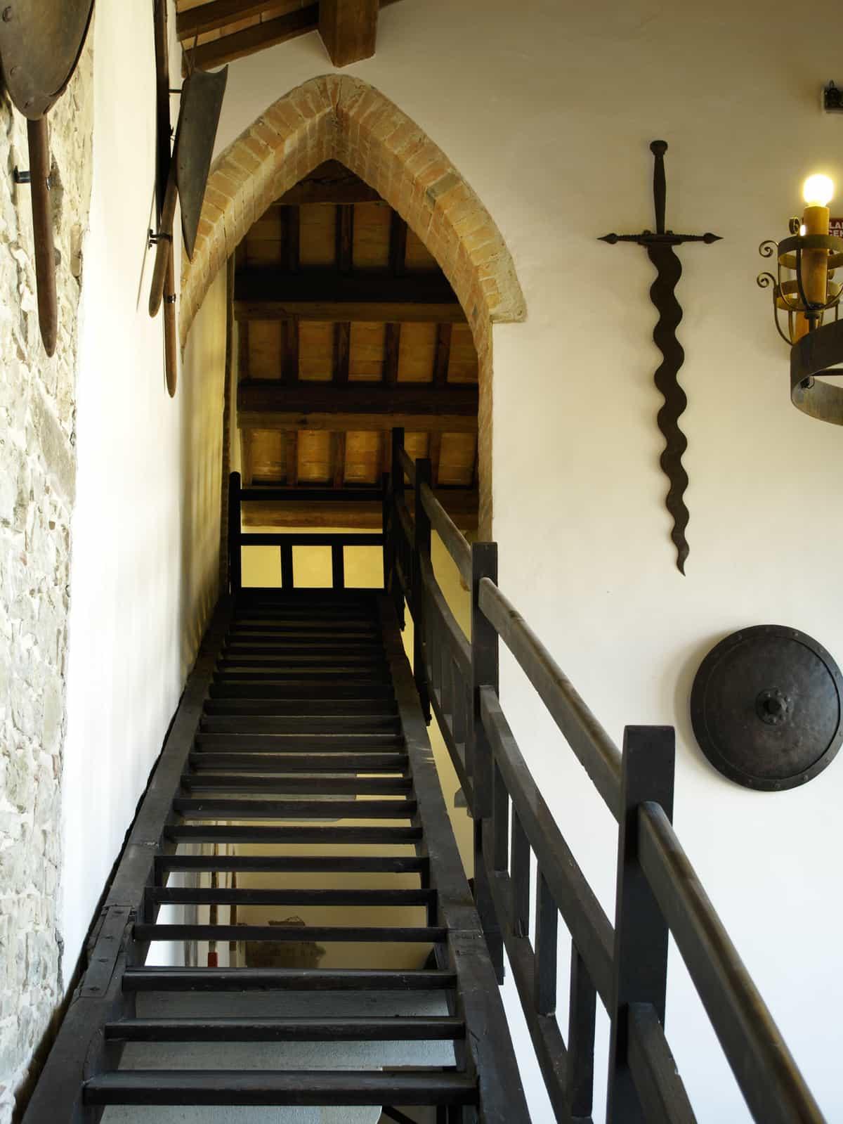 Castle-Tavoleto-24