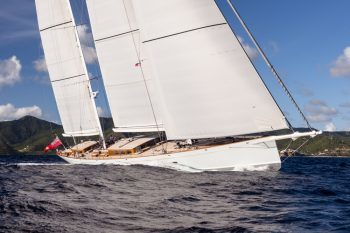 Elfje-yacht-1