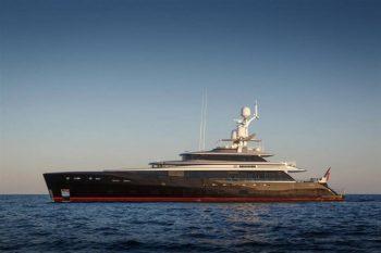 Feadship-Super-Yacht-KISS-1