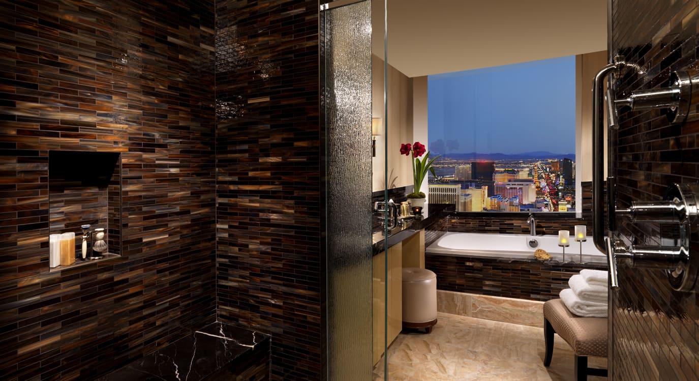 Trump Las Vegas Penthouse Listed For 3 75 Million