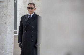 Tom-Ford-Suit-James-Bond-4