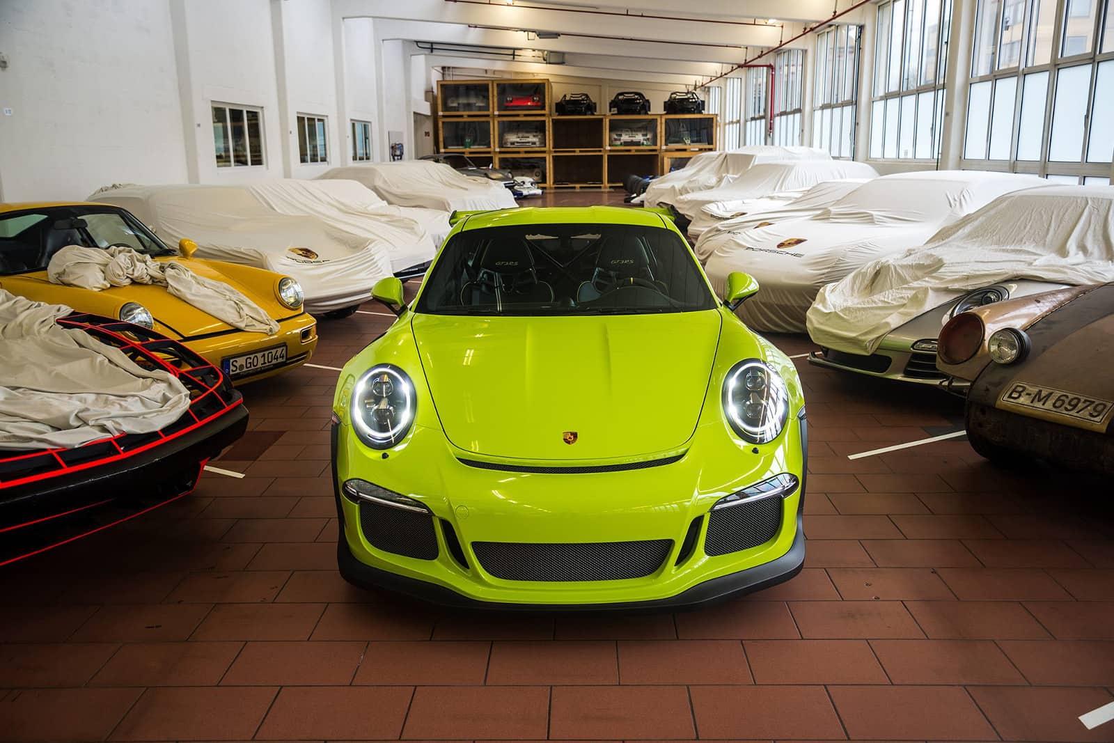 Porsche-Exclusive-911-GT3-RS-2