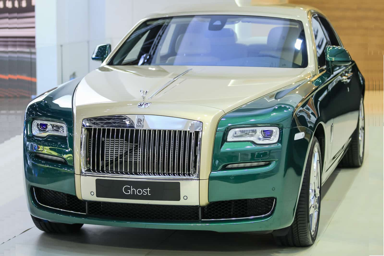 Two New Rolls-Royce Phantom Versions: Coupe Tiger And