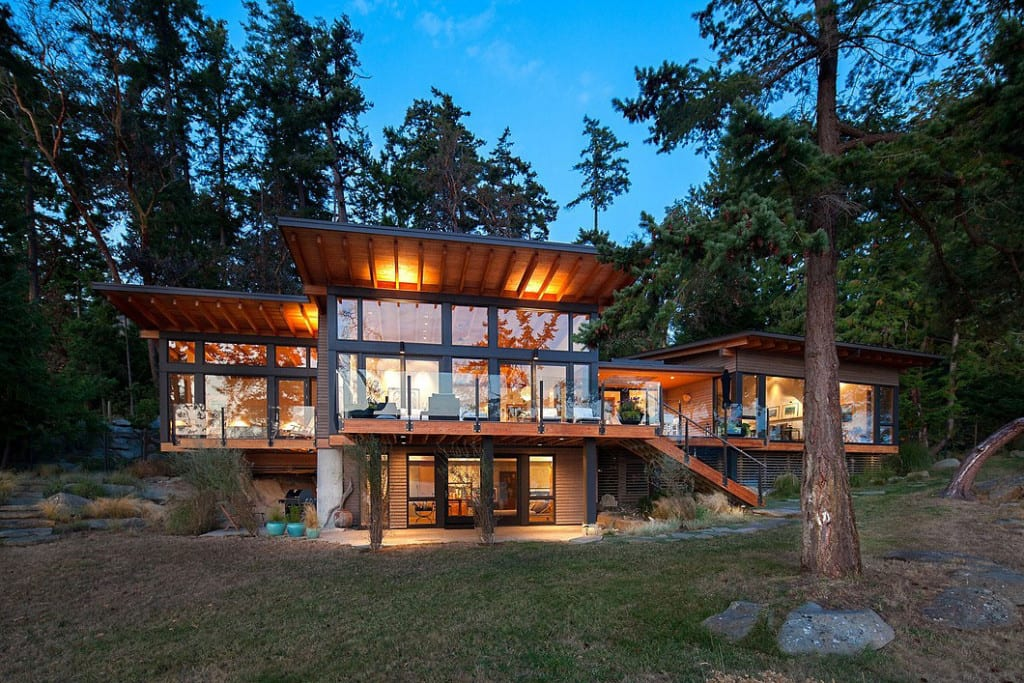 The 10 Most Impressive Homes Listed For Sale In 2015
