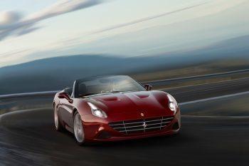 Ferrari-California-T-HS-1