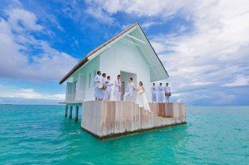 Four-Seasons-Resort-Maldives-1