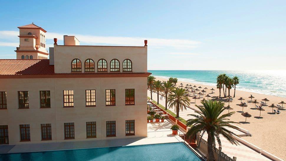 Le Meridien Ra Beach Hotel