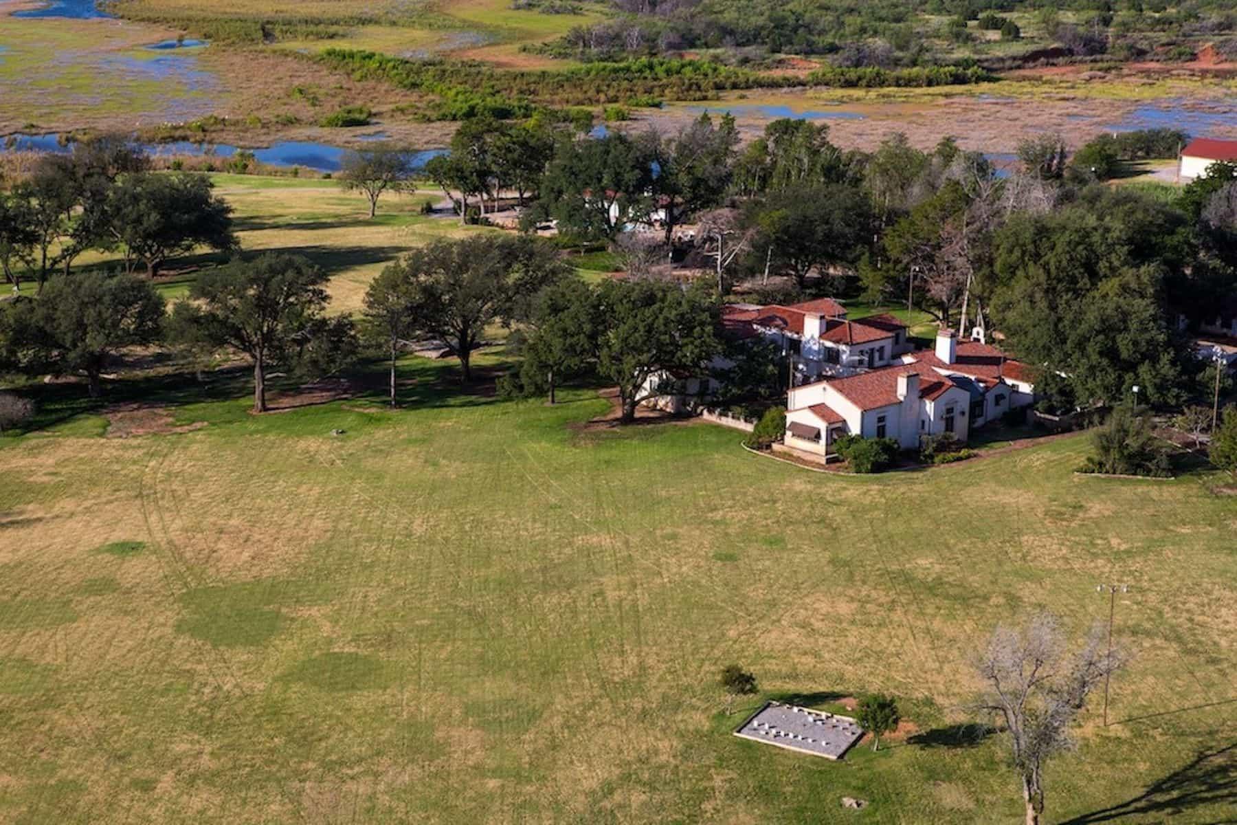 Stanley Kroenke WT Waggoner Ranch