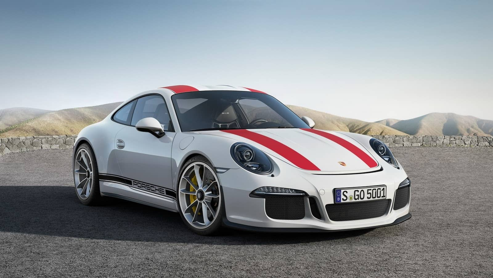 The Porsche 911 R Is All About Old,School Fun