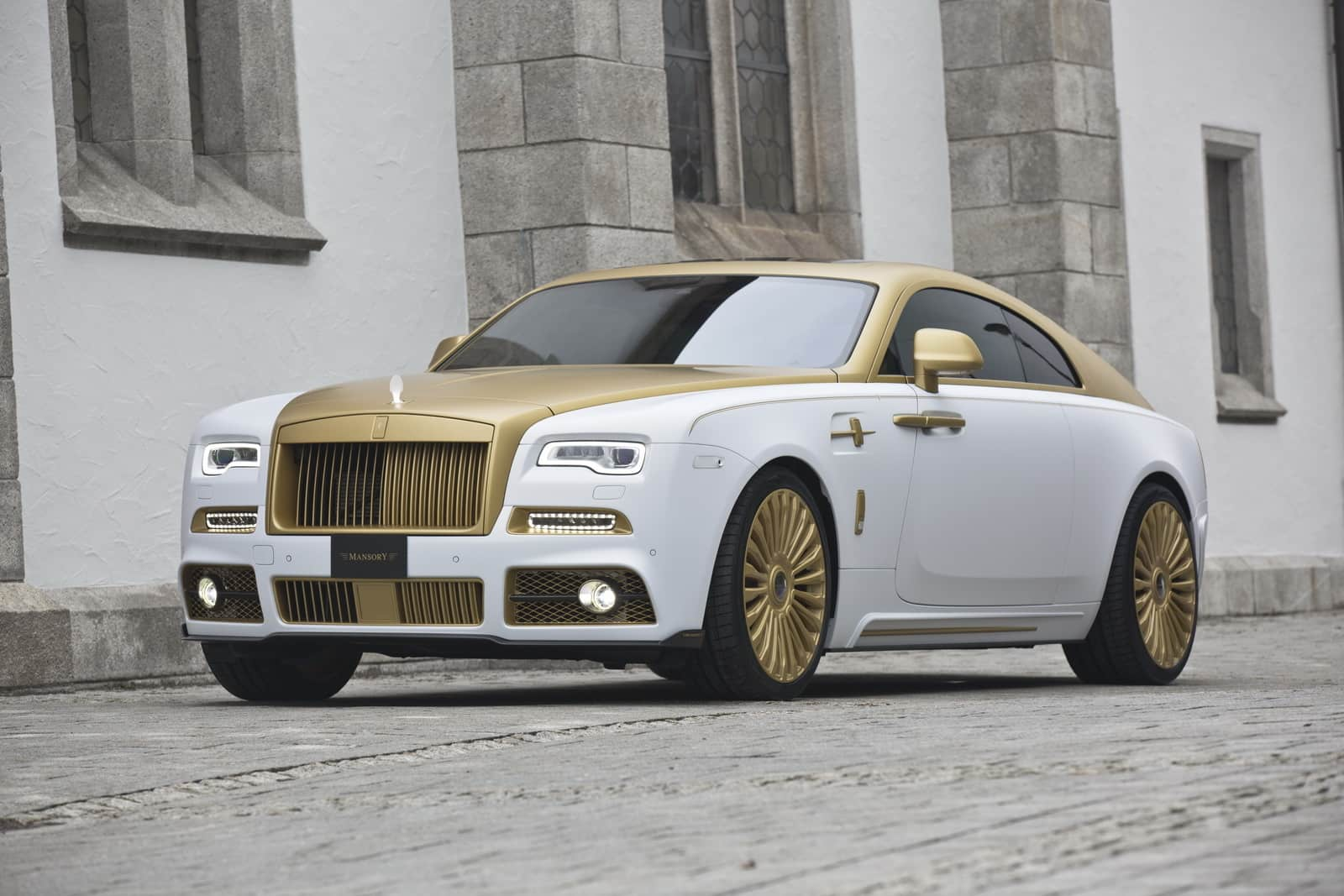 Mansory S Rolls Royce Wraith Palm Edition 999 Dazzles With Gold
