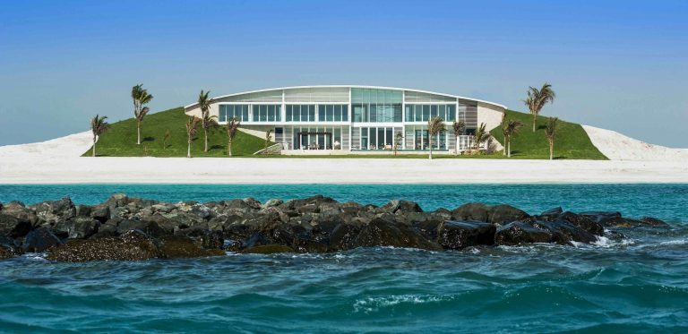This Beach Estate in Abu Dhabi Is What Luxury Living Is All About