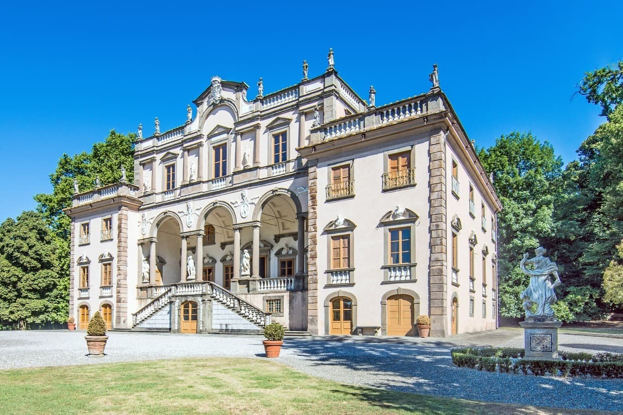 Luxurious Lucca Mansion Is €19M Of Pure Italian Style