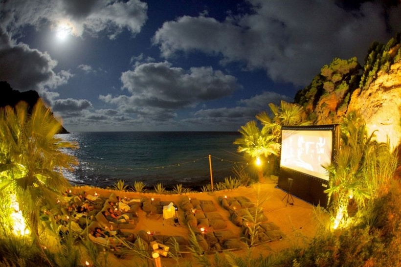 Amante Beach Club Cinema