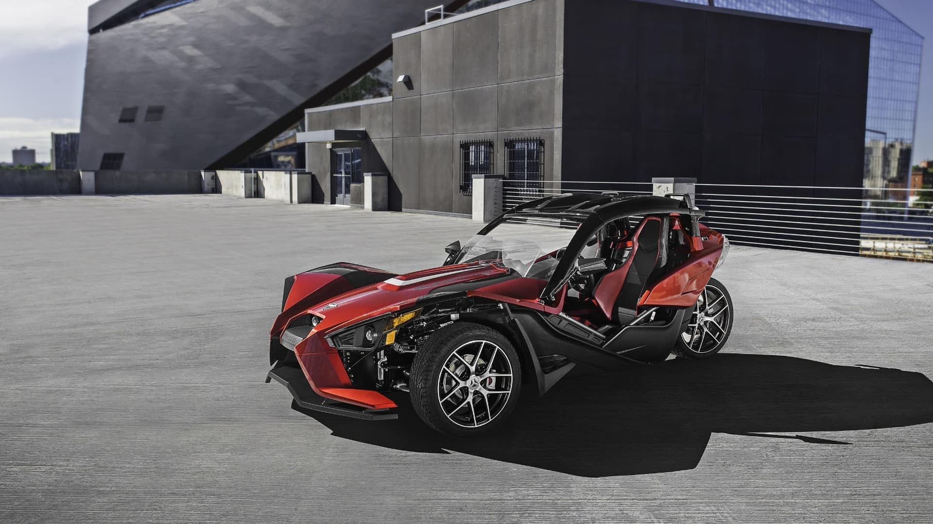The 2017 Polaris Slingshot Shows Up With A Removable Roof