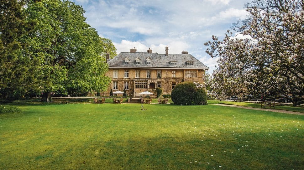 Hotels Near Cotswolds