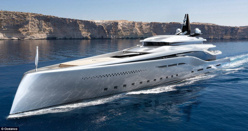 Stiletto yacht