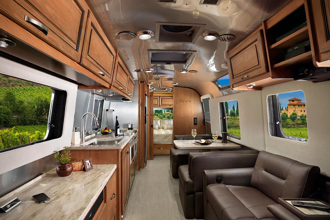 Travel in Style with the 2017 Airstream Classic XL