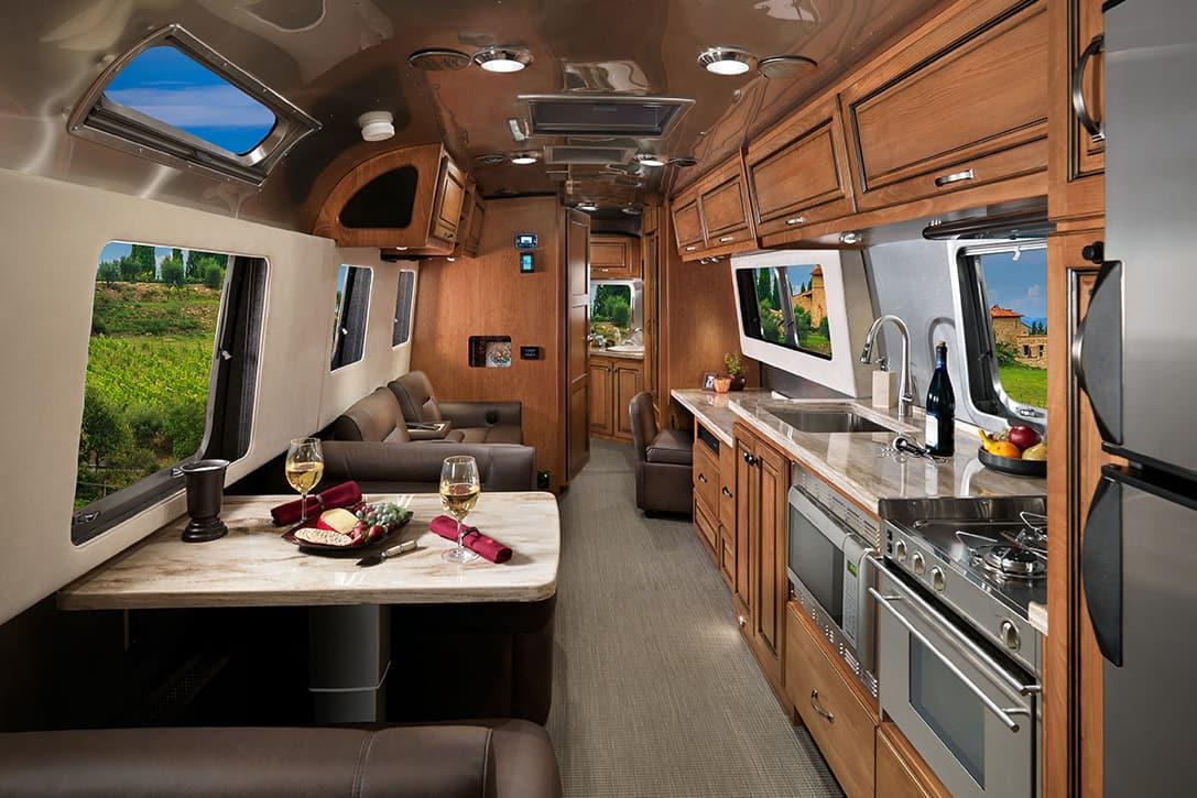 2017 Airstream Classic XL