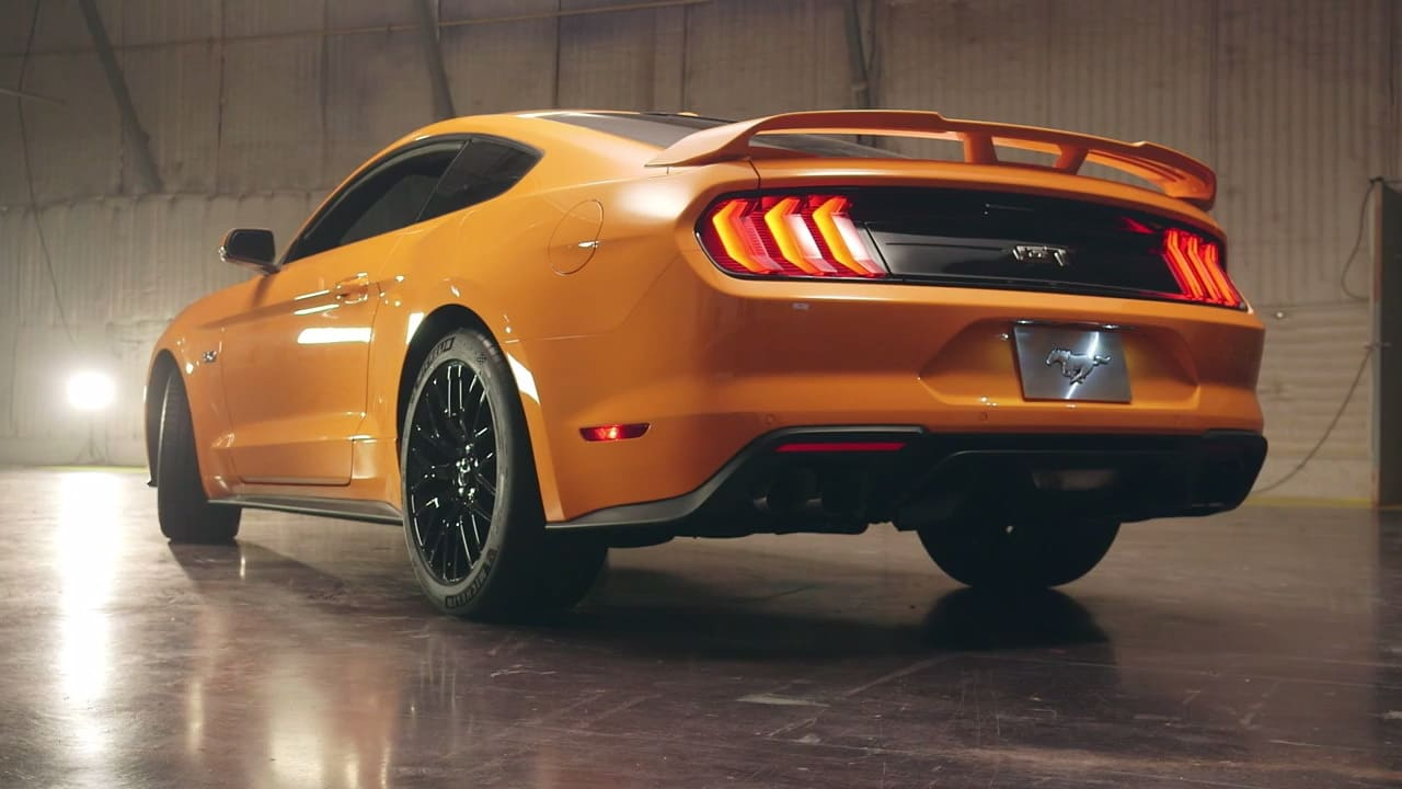 Official 2018 Ford Mustang 8