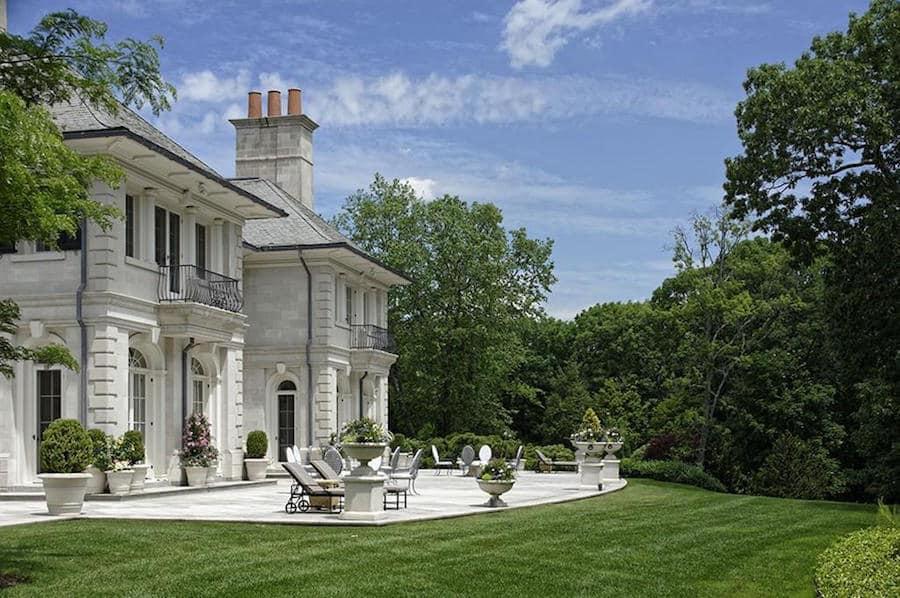 Woodland Manor