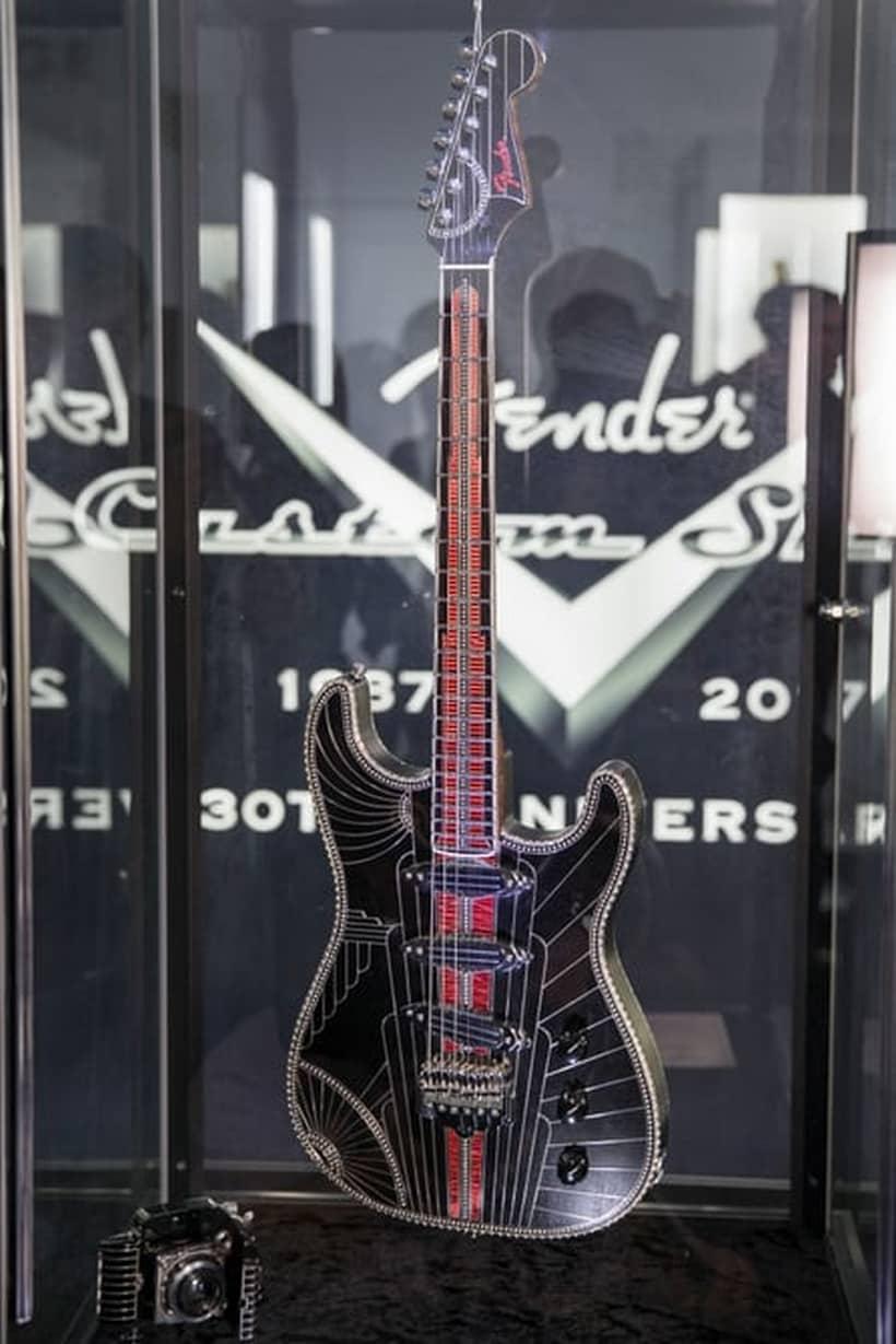 Fender Studioliner Guitar
