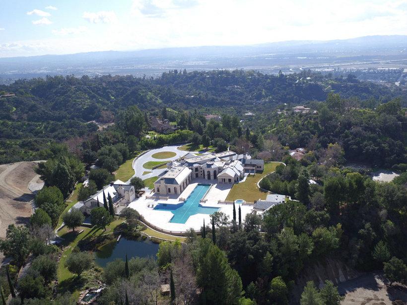 Los Angeles Estate