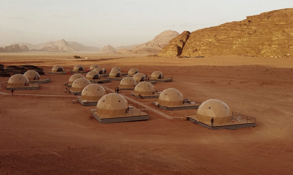"""Jordan's Desert Dome Camp offers you """"The Martian"""" Experience"""