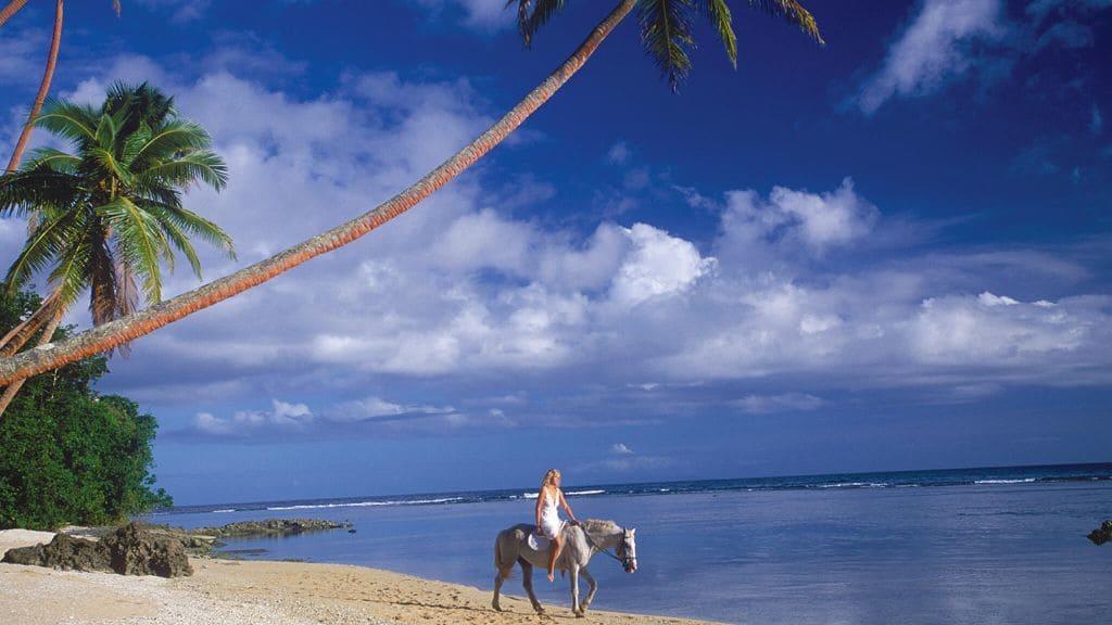 Namale Resort & Spa, Fiji 16