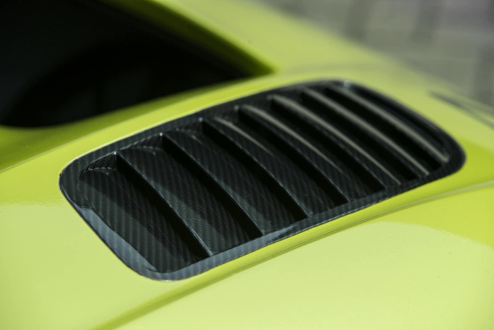 Aston Martin Vulcan AMR PRO 14