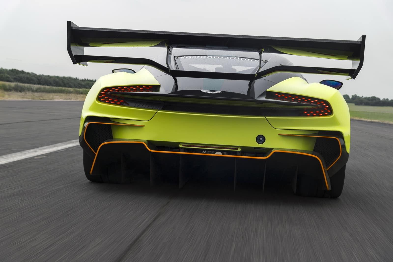 Aston Martin Vulcan AMR PRO 4