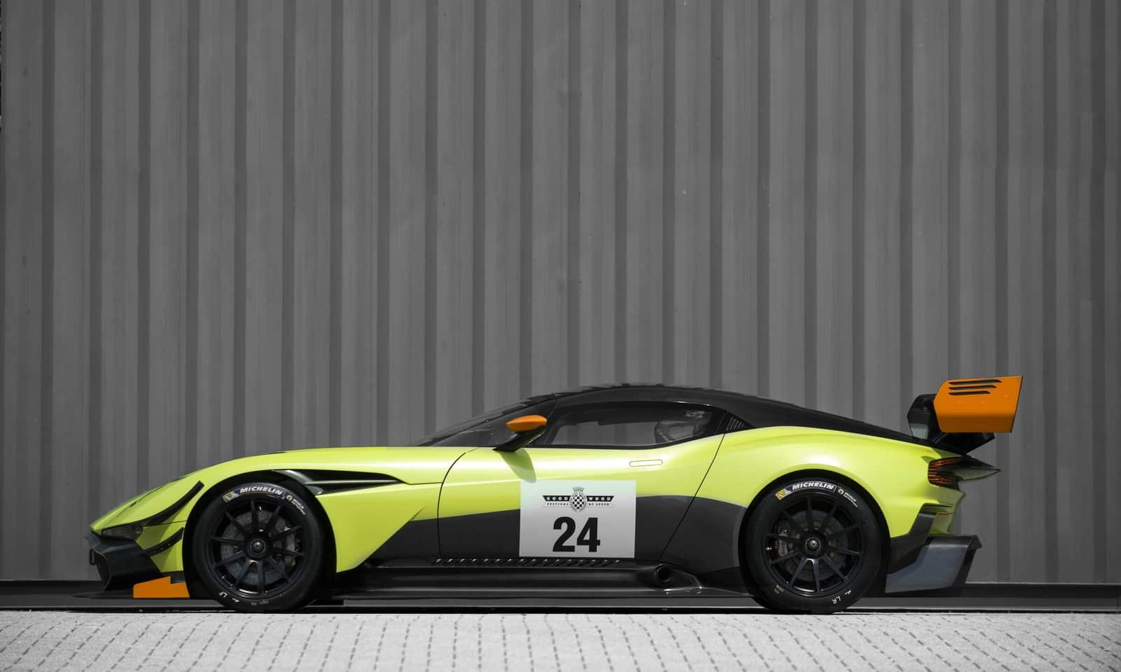 Aston Martin Vulcan AMR PRO 7
