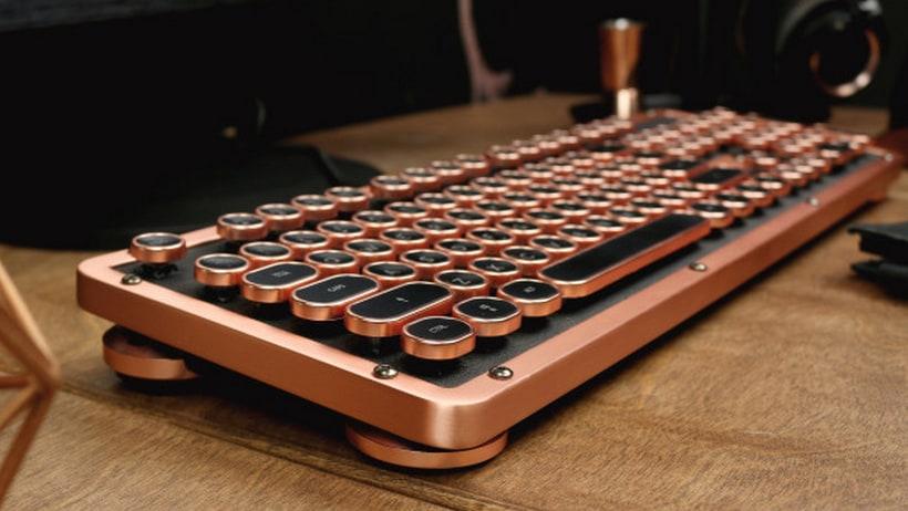 Retro Classic Keyboard