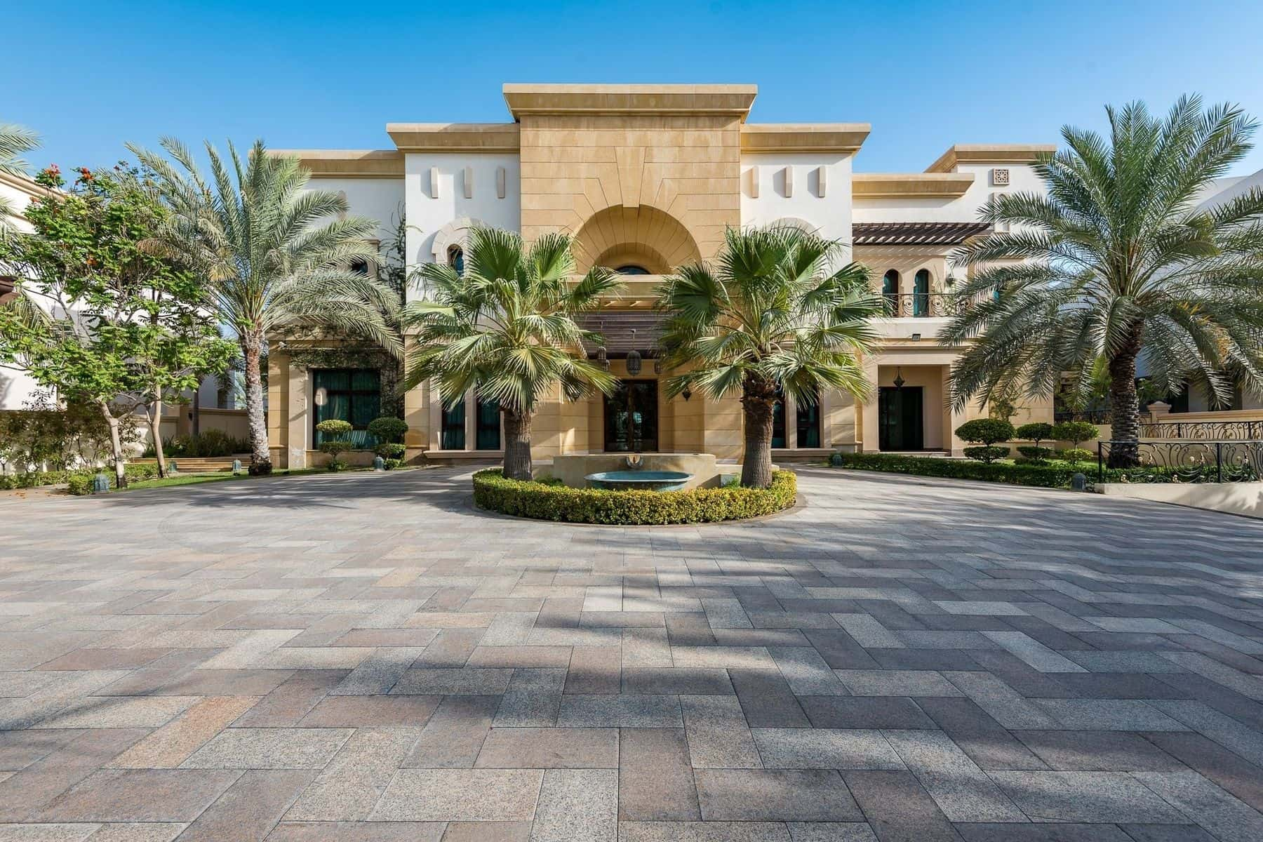 This incredible emirates hills villa could be yours for 32 4m Beautiful houses in dubai pictures