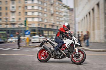 2018 Ducati Hypermotard 939 1
