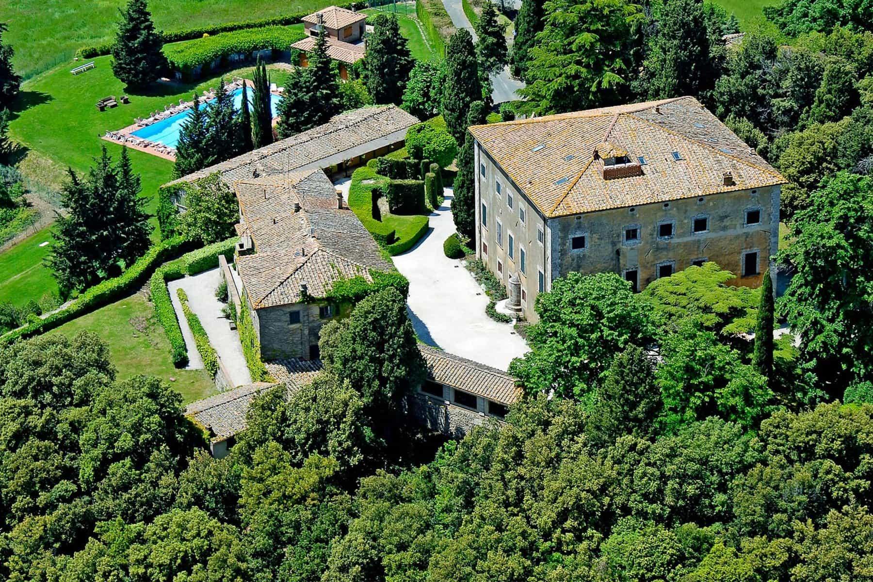 Volterra Villa