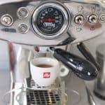 illy X1 espresso machine 3