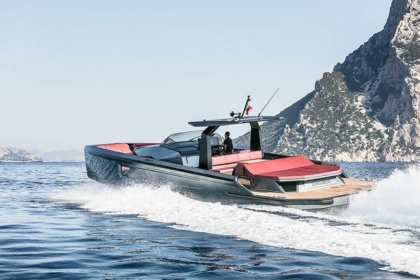 Maori Yacht 54