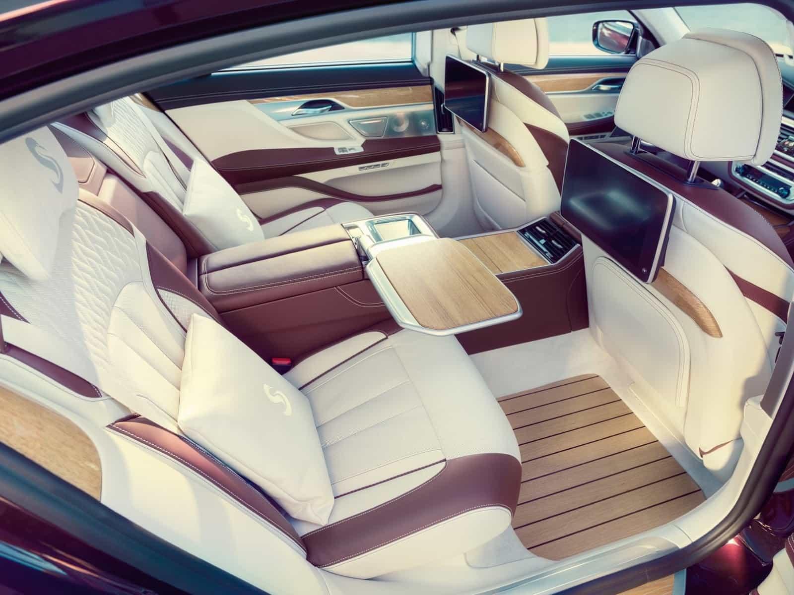 BMW M760Li xDrive V12 Excellence 7