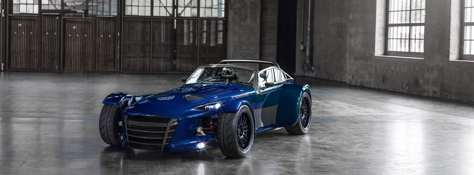 Donkervoort-D8-GTO-RS-Bare-Naked-Carbon-Edition 1