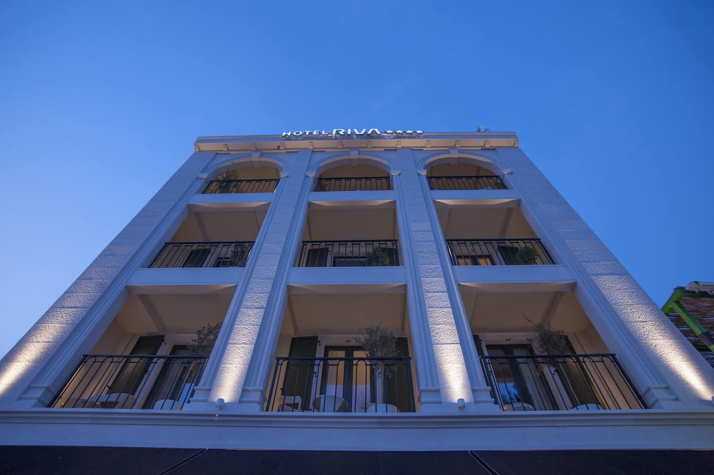 Hotel Riva Facade