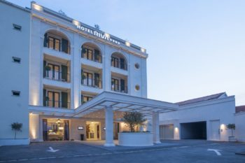 Hotel Riva Front 1