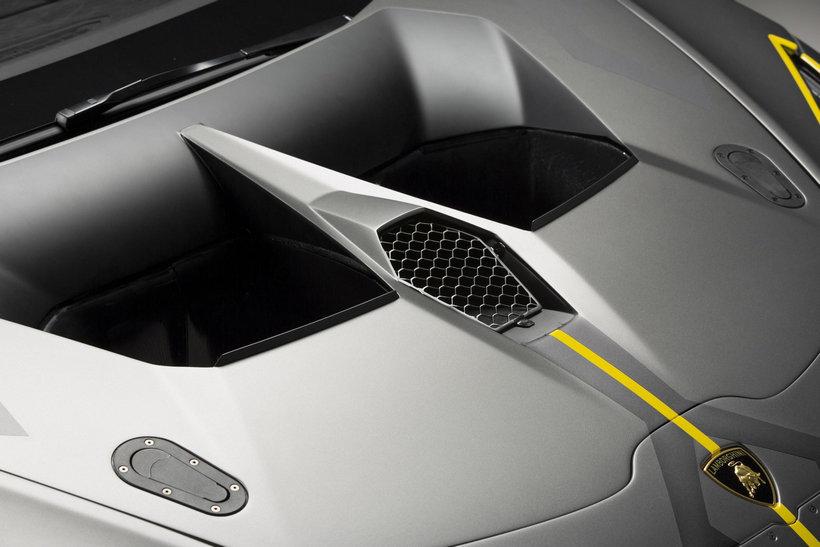 Lamborghini Huracan Super Trofeo EVO 11