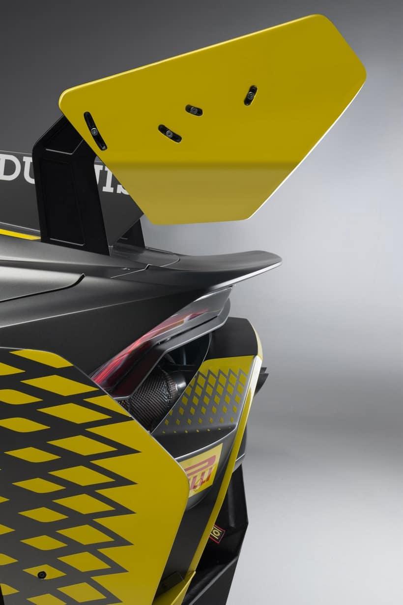 Lamborghini Huracan Super Trofeo EVO 13