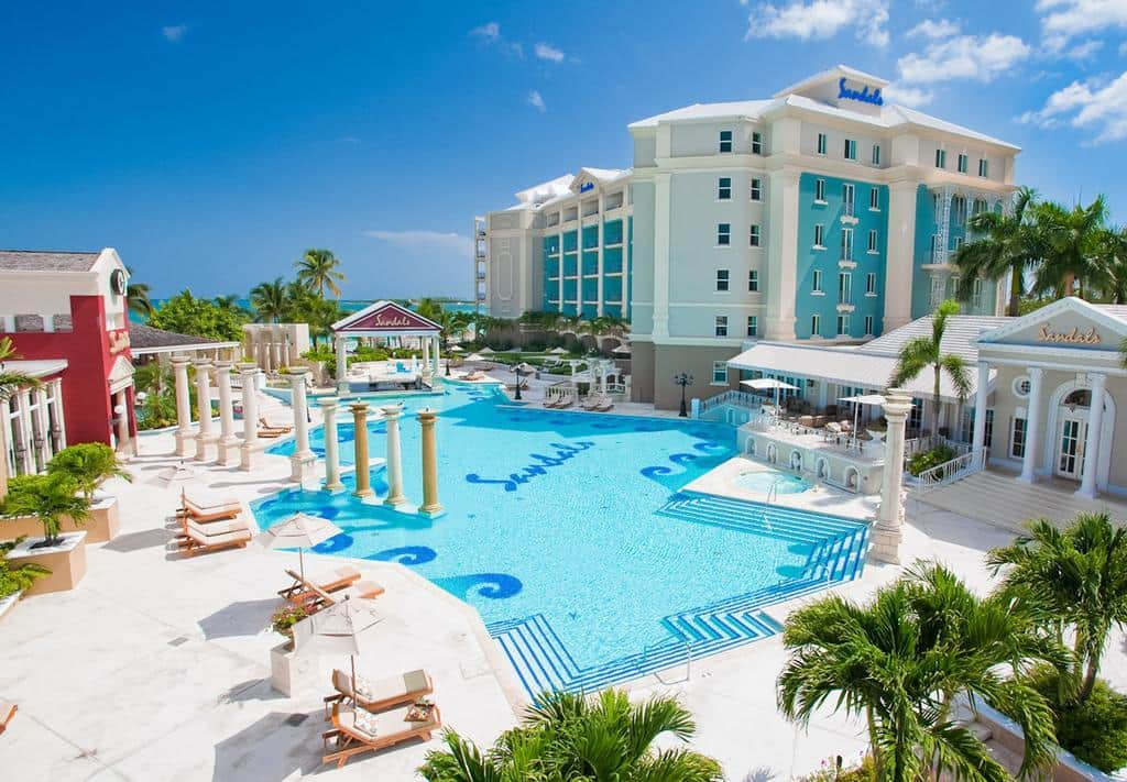 All Couples Are Invited To Relax At Sandals Royal Bahamian-7723
