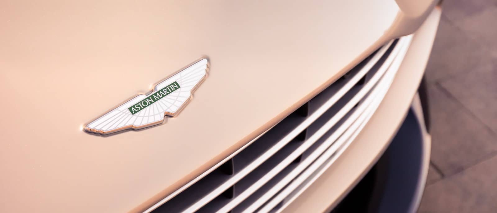 Aston Martin DB11 Volante 21